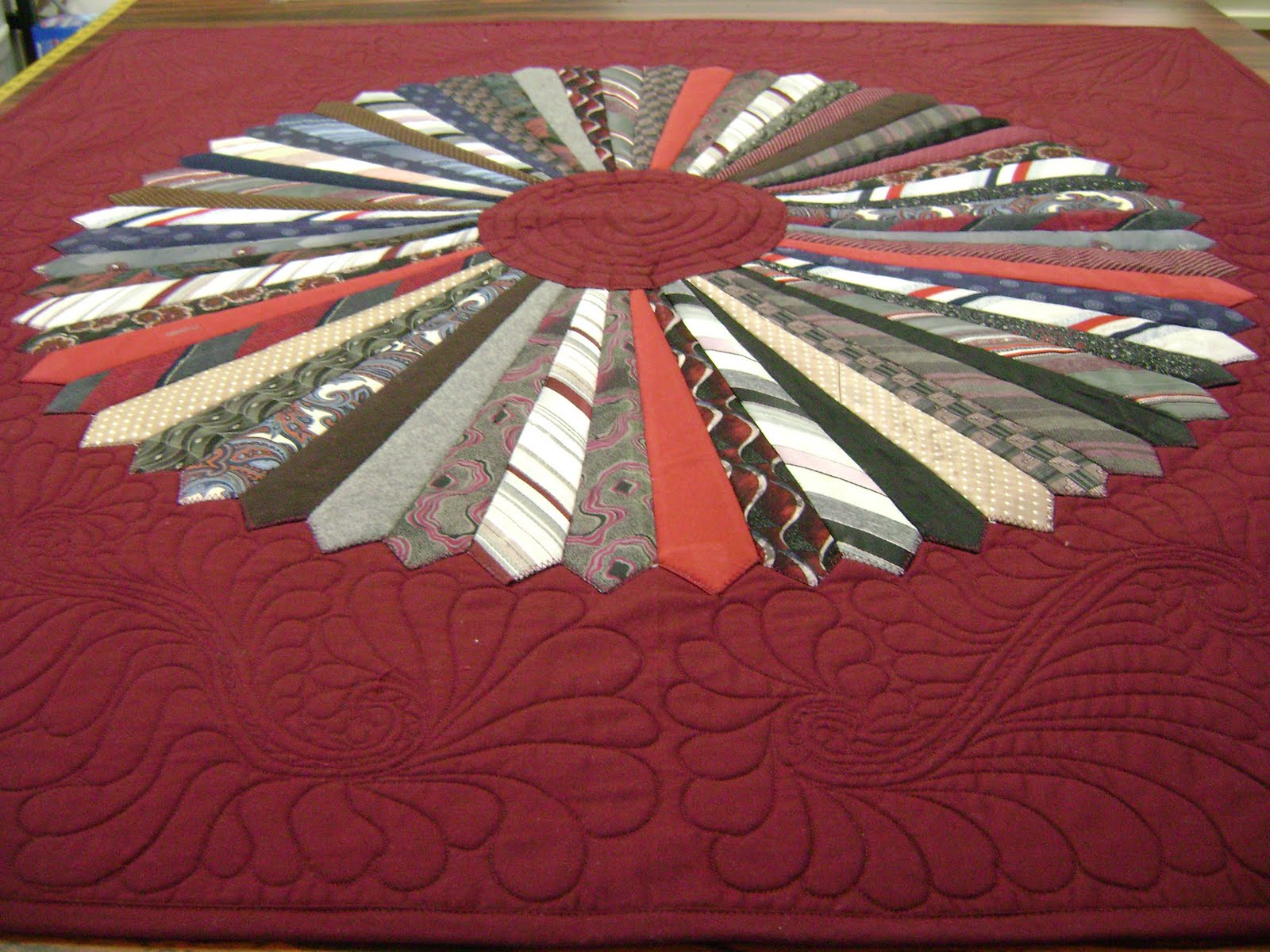 Necktie Quilt Patterns For Beginners : Memory quilts 2009 Na Na s place on the web