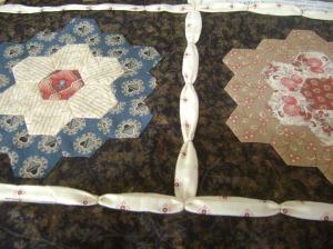 Sheila's quilt 2014 003