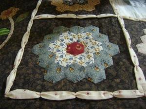 Sheila's quilt 2014 013