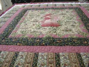 Bobby's kissing bunnies quilt 2014