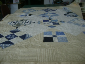 Ann's blue & white quilt 001