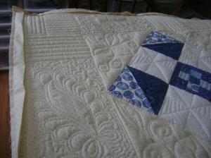 Ann's blue & white quilt 003